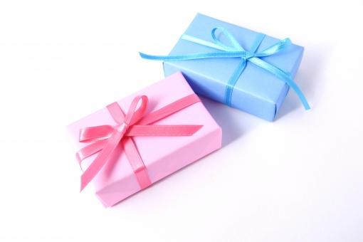 2つのプレゼントボックス