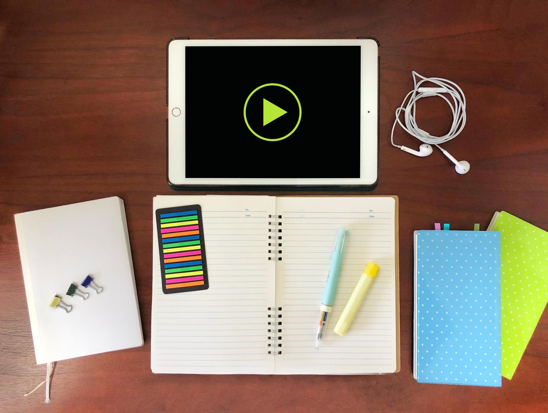 タブレットとノートペン